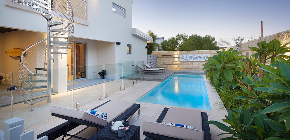 """Primo"" Fibreglass Pool Design in Perth | Pool Buyers Guide"