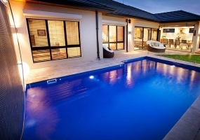 Cayman Medium Pool - 7.07m x 4m | Pool Colour : Cyber Blue