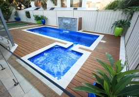 Florentina Medium Pool - 6.5m x 2.5m | Colour : Sterling with Apollo Spillway Spa